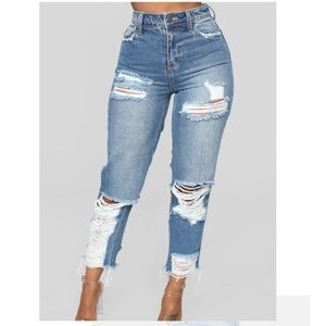 Fashion Nova boyfriend jeans